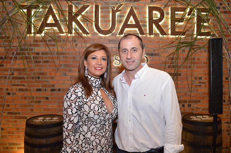 María Salinas y José Torrijos dueños del nuevo emprendimiento. Ya tienen Hirosushi y El Rincón de Hiro.