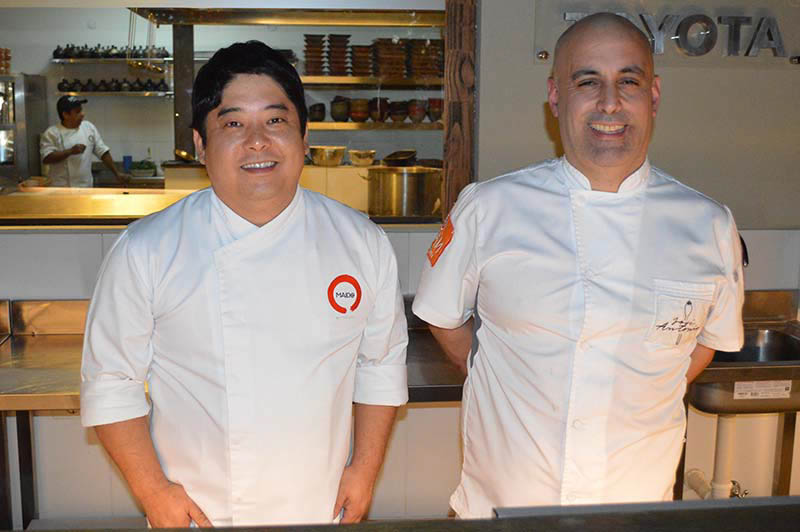 Mitsuharu Tsumura y José Castro Mendivil chefs peruanos que se unieron el día de la inauguración de Sipan dejando el mensaje de que esa es la clave para el éxito.