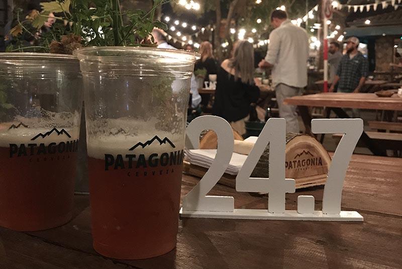 24.7 la nueva cerveza de Patagonia se presentó en fecha 24.7 en una excelente jornada su bar de Villa Morra.
