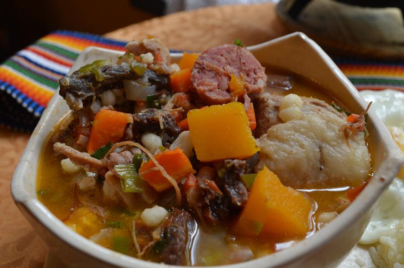 El locro, uno de los platos típicos declarado Patrimonio Cultural e Inmaterial de Paraguay, junto a la sopa paraguaya, el vori vori y el jopara.
