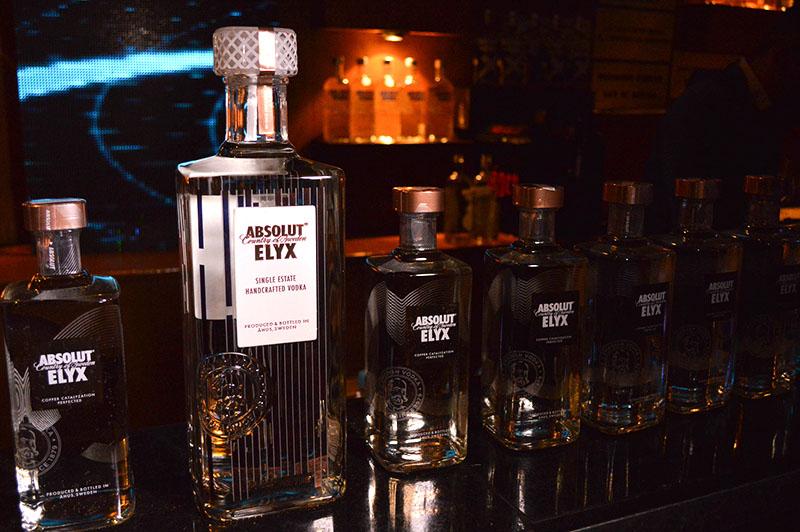 Absolut Elyx, un vodka elaborado en forma artesanal para cuya destilación se utiliza un antiguo alambique de cobre.