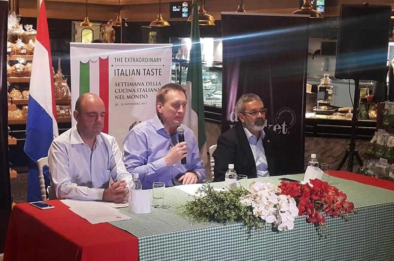El embajador italiana Danielle Annis, Christian Clieplik, del Grupo Vierci y Fernando Griffifht, ministro de Cultura durante el lanzamiento de la Semana de la Cocina Italiana cumplido en el Deli Market del Shopping del Sol.