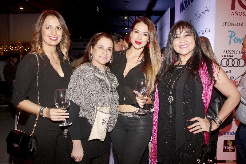 Carolin Konter, María de González, Yanina González y Maria Gloria Bobadilla.