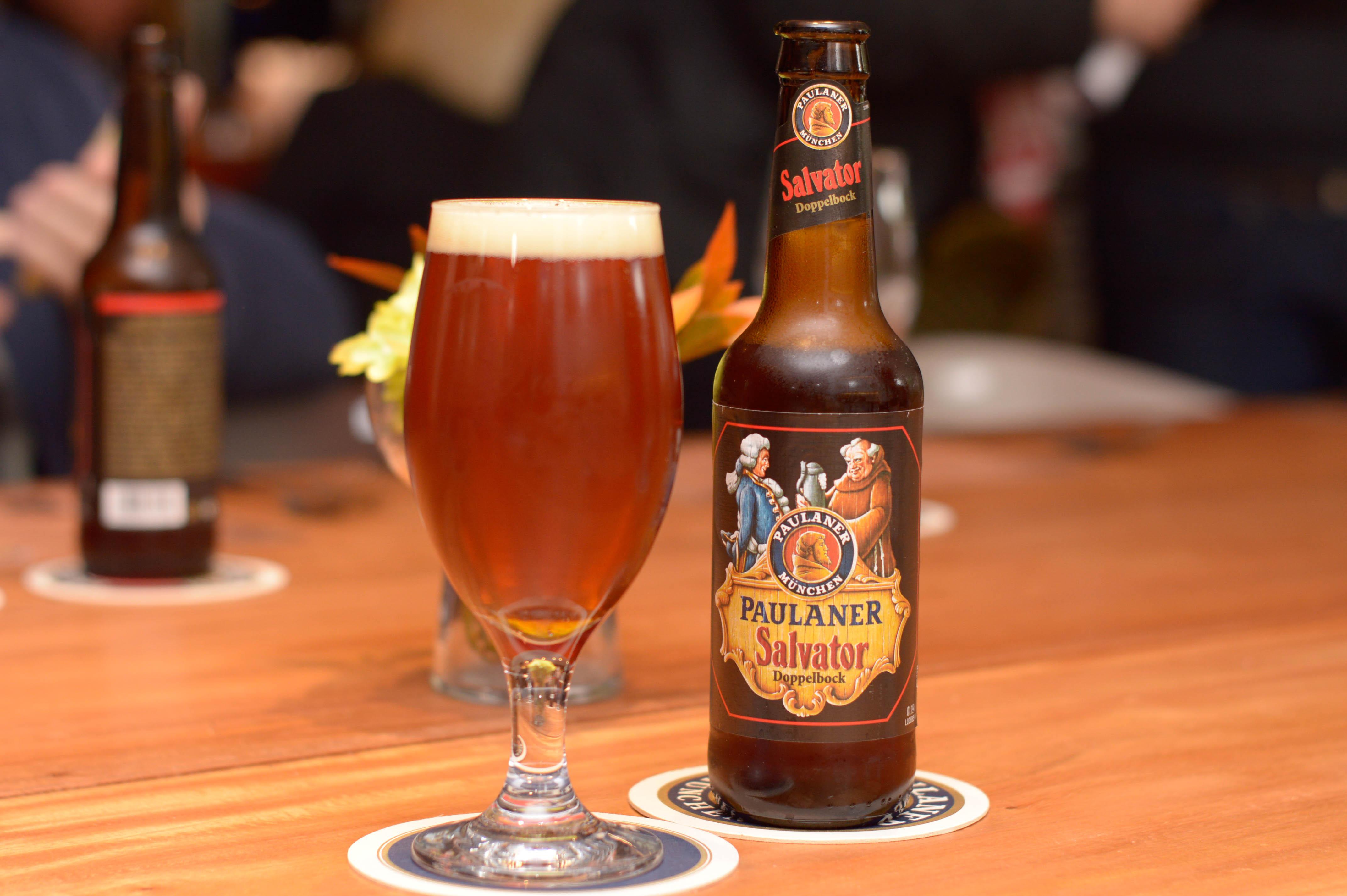 Salvator, la dobule bock de Paulaner, que busca conquistar el paladar de los paraguayos. A la tradicional calidad cervecera alemana se suma un sabor diferente y un tenor alcohólico que piden un maridaje.