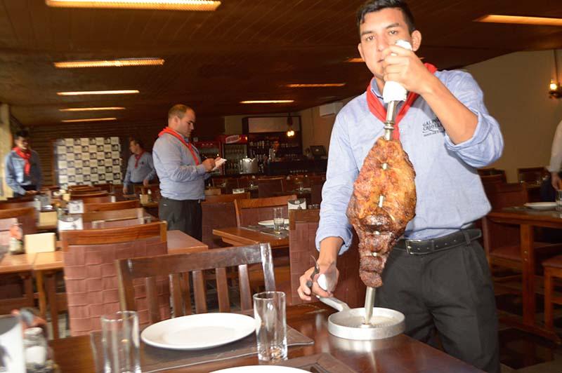 El Galpón Criollo con su tradicional servicio de espeto corrido y buffet libre es otro de los atractivos gastronómicos.