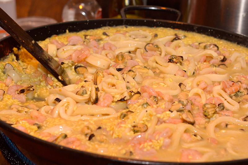 Lo más rico de la noche, risotto de frutos de mar preparado por Luchef para el stand de Fresh&Frozen.