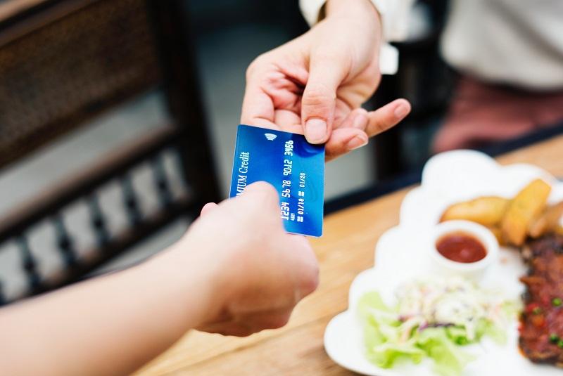 restaurantes y tarjetas
