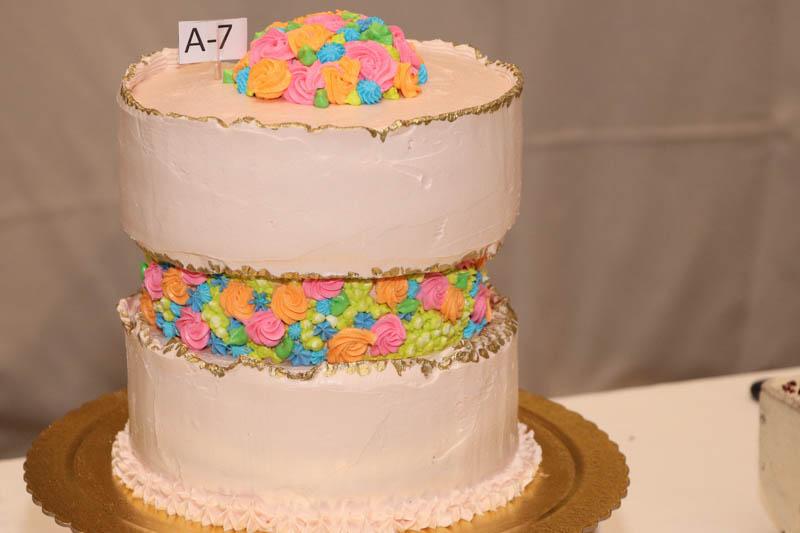 Esta fue la torta premiada en la categoría de aficionados. Elaborada por Carmiña Miyata y Maria de Miyata, provenientes de Pedro Juan Caballero.