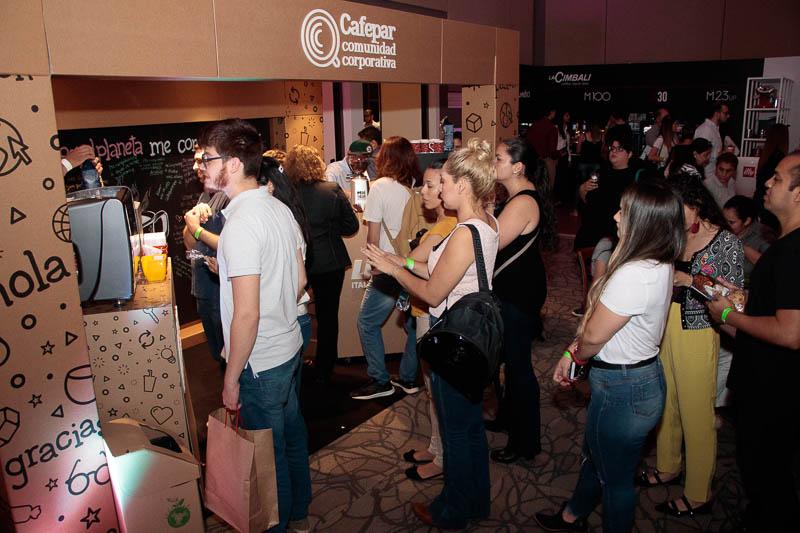 El stand de Cafefar en el Asu Coffee Fest fue realizado totalmente en cartón como un mensaje para la conservación del medio ambiente.
